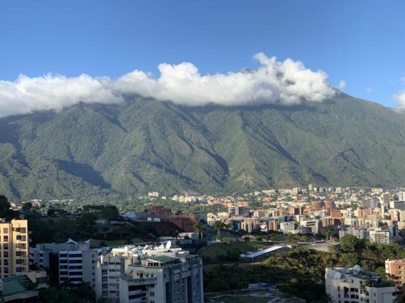 Este viernes 17 de Abril sale aéreo y marítimo hacia Venezuela